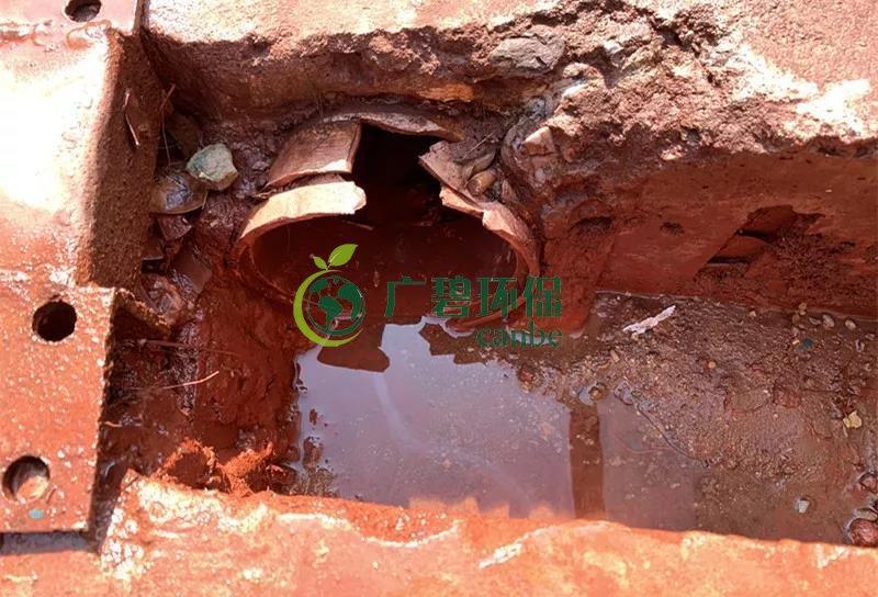佛山一陶瓷加工厂违规排放污水行为被环保部门及时制止